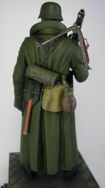 German Machine Gunner ( Tamiya 120 mm. )-4.jpg