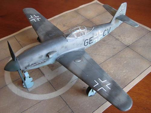 Messerschmitt Me-309 V1/V2  1/48 Czech Model -img_0423.jpg